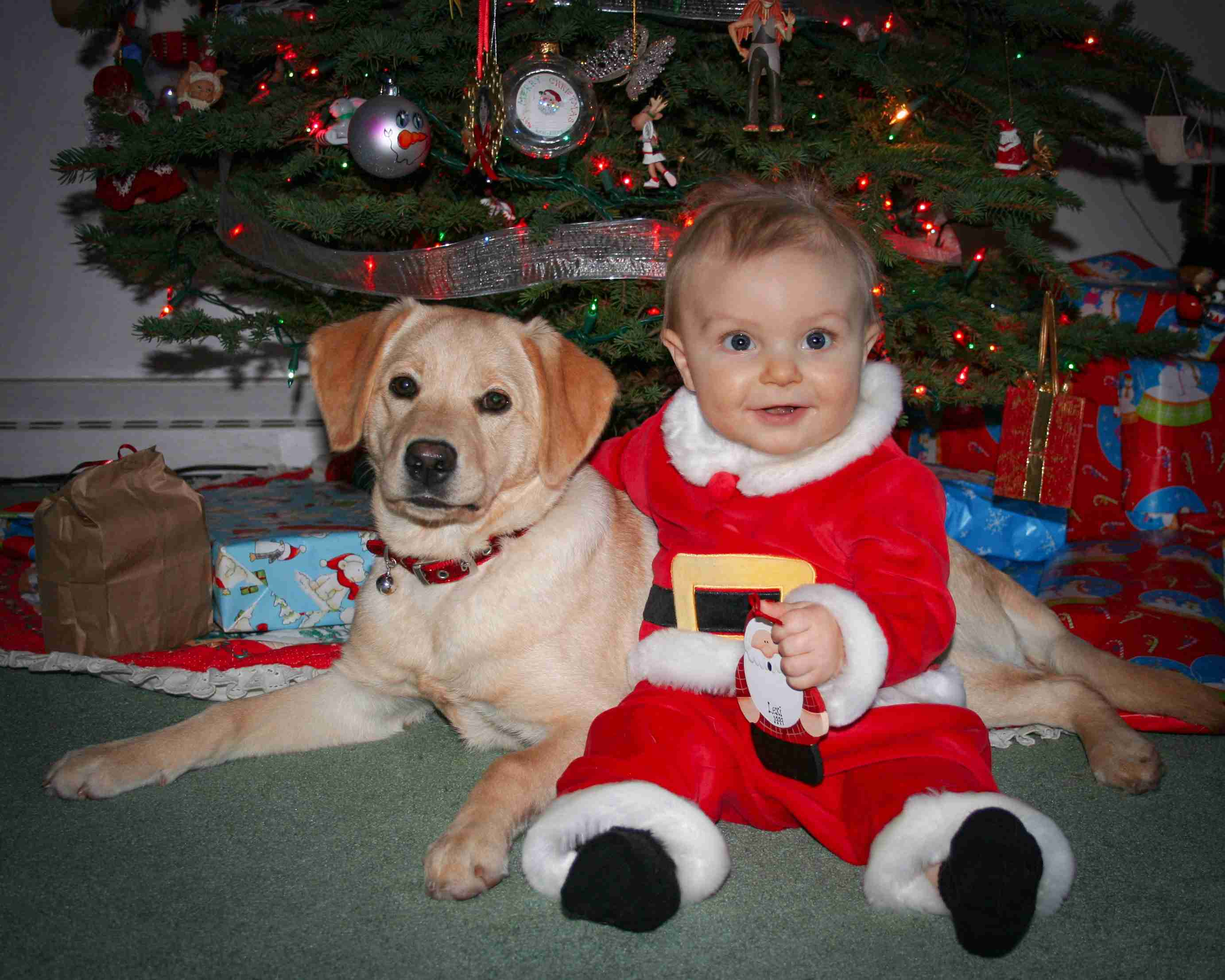 Pic of Jada & Tuck at Christmas
