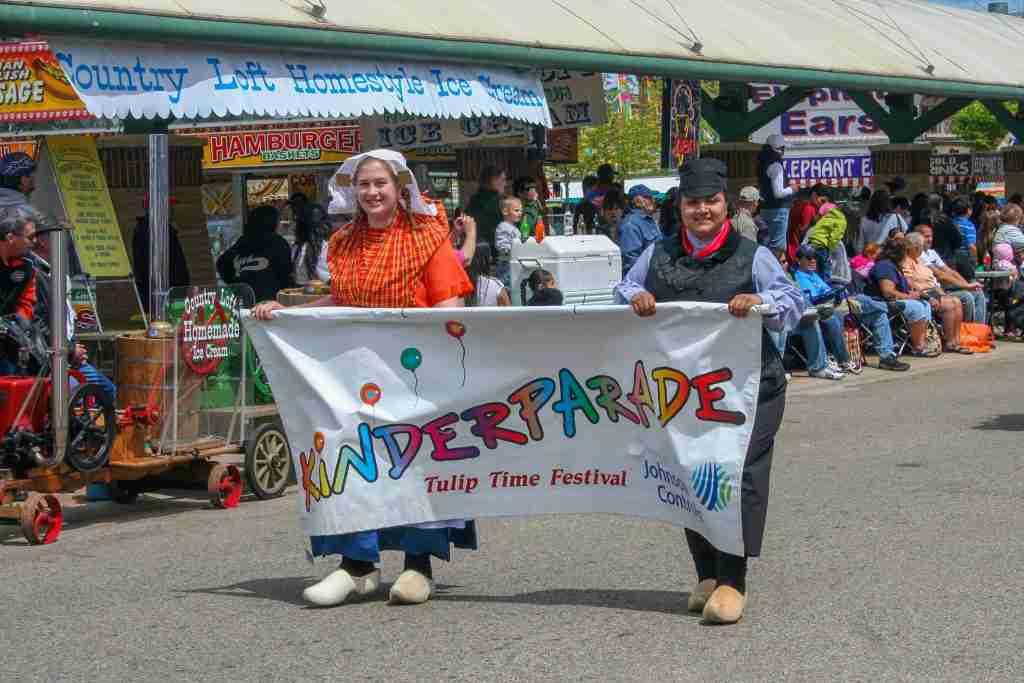 Portrait-Photographer-Holland-Michigan-Kinderparade-Banner