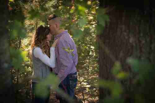 Portrait-Photographer-Holland-Michigan-Couple-Peek