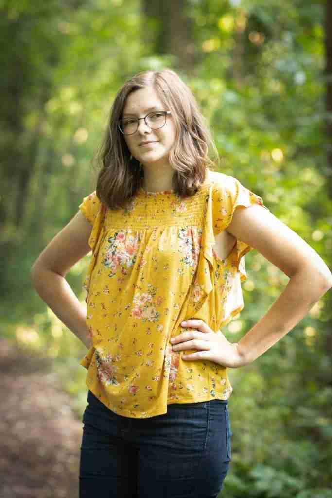 Hanna Senior Portrait with Hands on Hips