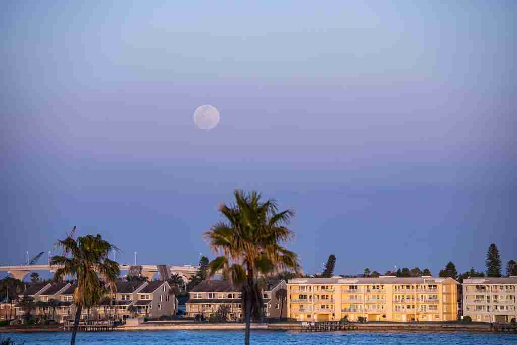 Super Moon rising on the East side of the Hurricane's rooftop bar - one of the best places to eat in St. Pete Fl